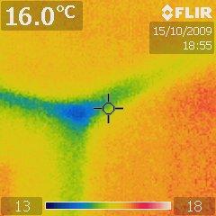 Une fuite d'air sur le plafond