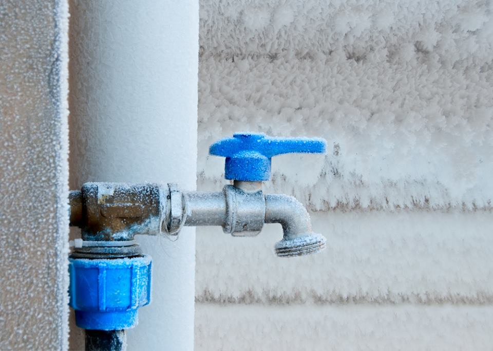 Frozen Pipes in Ottawa: Prevention and Damage Control